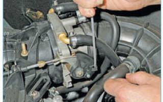 Как поменять тросик газа на приоре