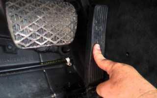 Приора при нажатии на газ машина захлебывается