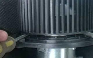 Снять электродвигатель отопителя шевроле нива