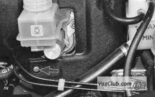 Обшивка моторного отсека приора