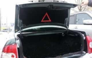 Не закрывается крышка багажника приора