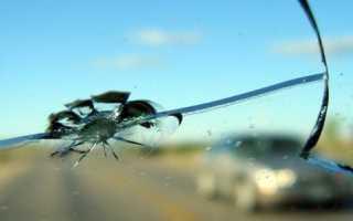 Ремонт мелких трещин на лобовом стекле автомобиля